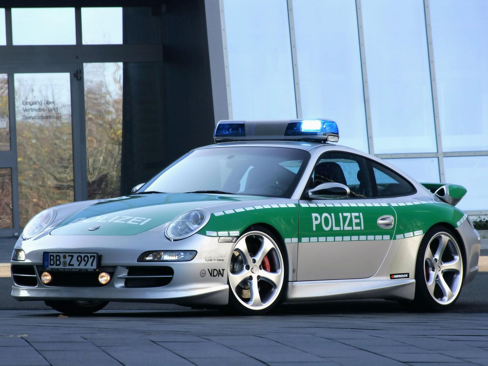 Cool Porsche 911 Police Car.